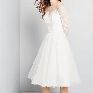 Chi Chi London BRAND NEW Lace Bridal Dress size 6